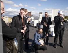 Dixieland-jatsia Helsingin kattojen yllä